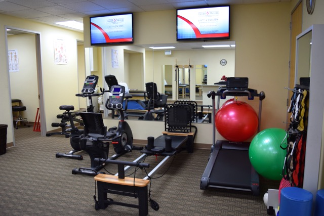 Our clinic orthopaedic and sports physical therapy